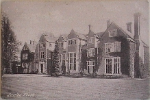 Loseley House will appear here [30KB PICTURE]